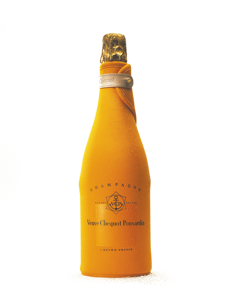 Veuve Clicquot – Brut in Ice Jacket
